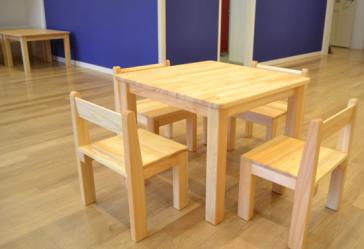 保育園用いす木製