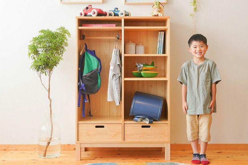 衣類とランドセル収納棚