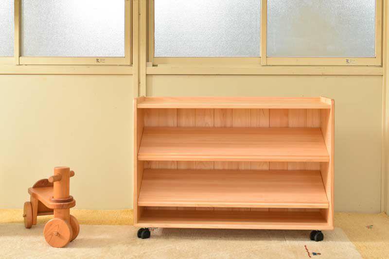 斜め棚のおもちゃ整理棚